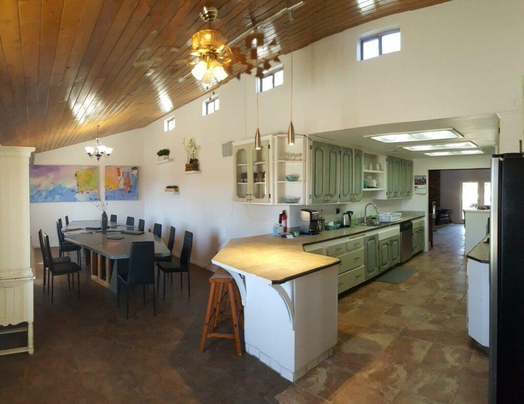 Kitchen dining 2_InPixio